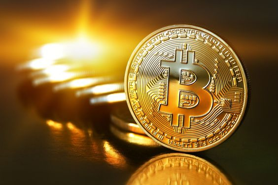 Bitcoin : Father of Cryptocurrencies