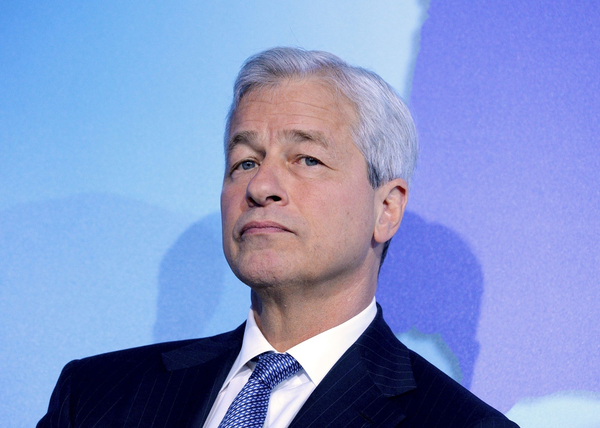 Jamie Dimon Hits Out at Bitcoin Buyers Again – Calls them 'Stupid'