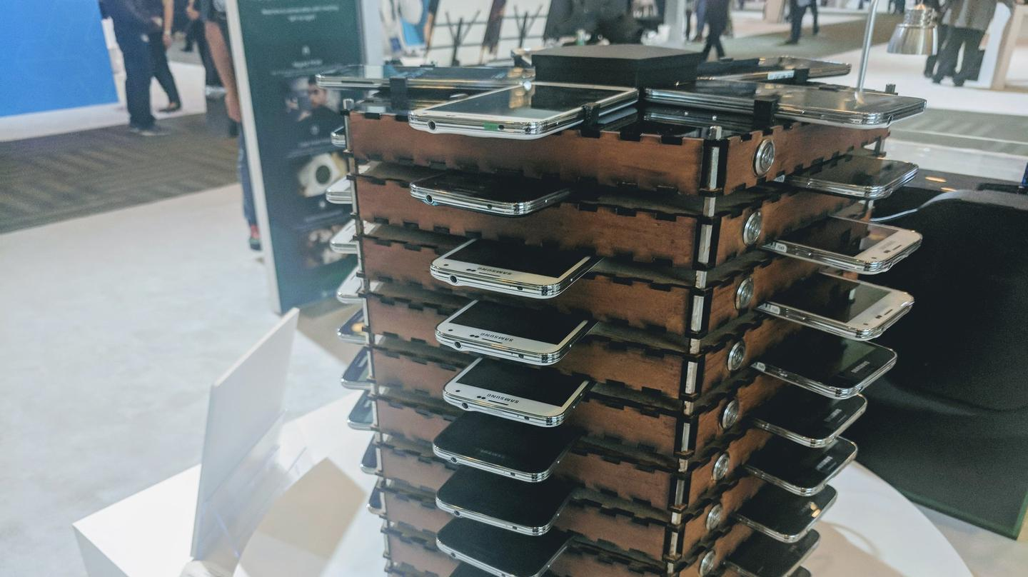Samsung Uses Its Old Galaxy S5 Phones To Build A Bitcoin Mining Rig