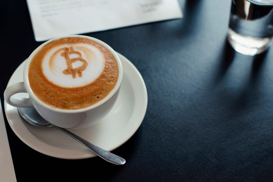 Brazilian Entrepreneur Creates Bitcoin Coffee Machine!