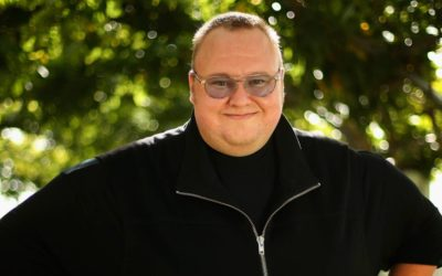 Kim Dotcom Suggests Investing in Bitcoin Before U.S. Debt Drains the Economy