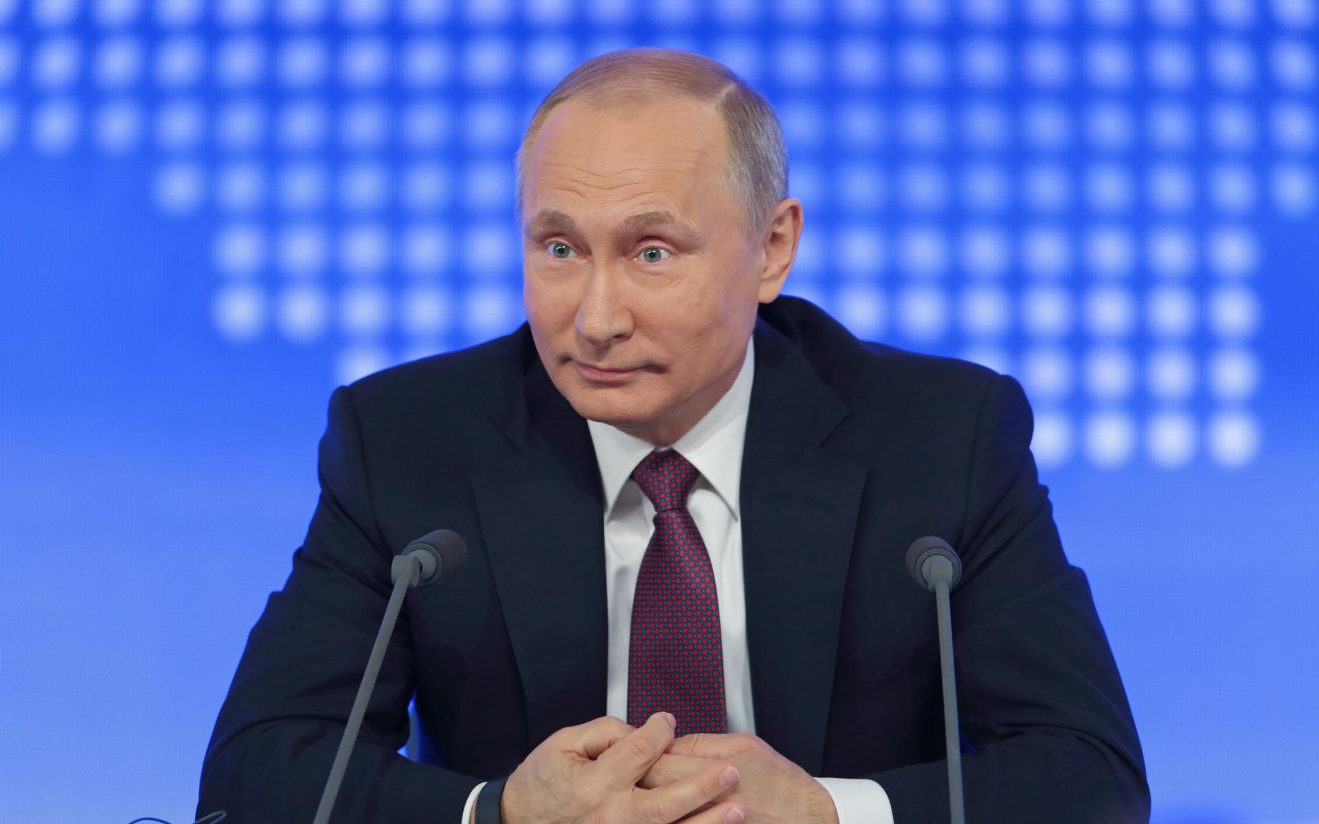 Russia | US Dollar | Bitcoin | Vladislav Ginko