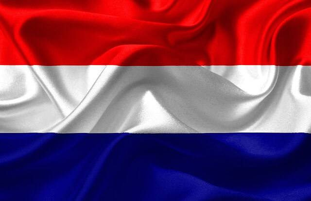Central Bank of the Netherlands Says Gold Is The Best Hedge Against Economic Collapse